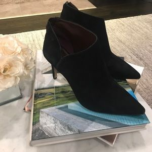 f2344256a Enzo Angiolini Shoes - Enzo Angiolini Ruthely Black Suede Booties
